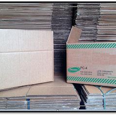 Caixa de papelão reciclada