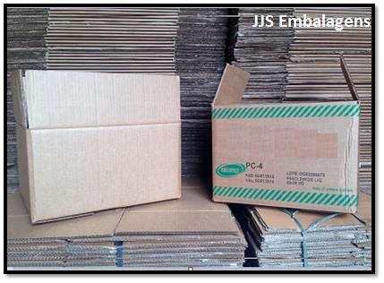 Caixa de papelão reciclada sp