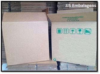 Caixa de papelão usada centro