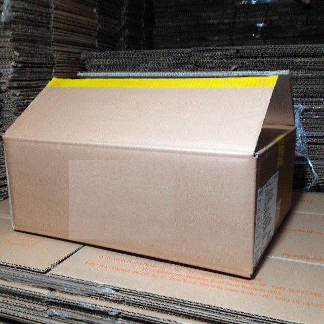 Caixa de papelão usada na mooca
