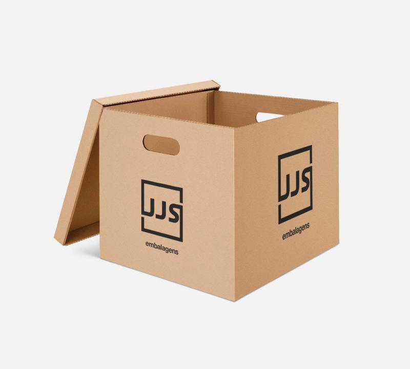Caixas de papelão usadas para mudança